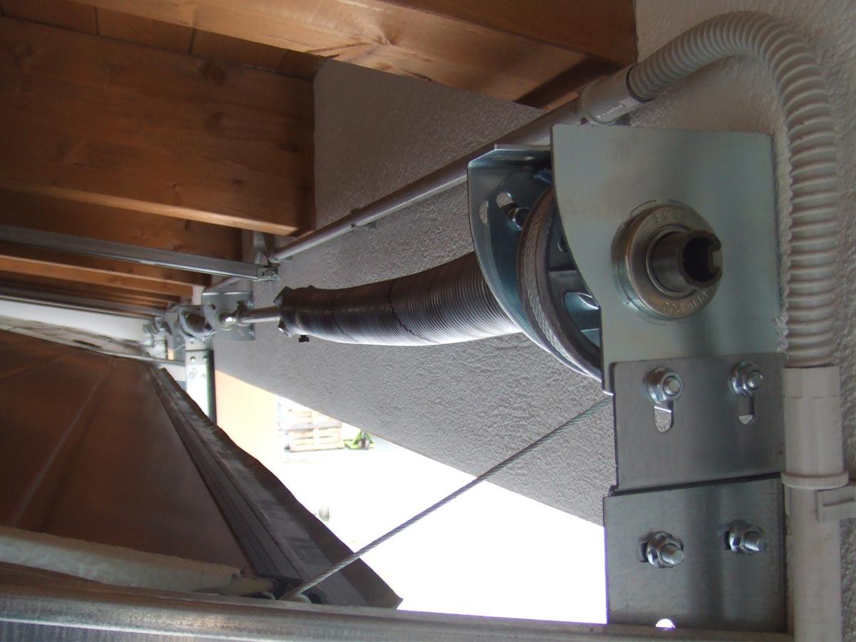automazione porte garage sezionali